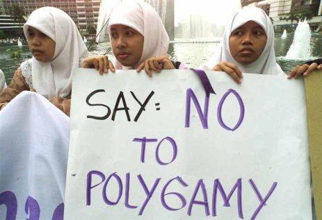 poligámia_indonézia