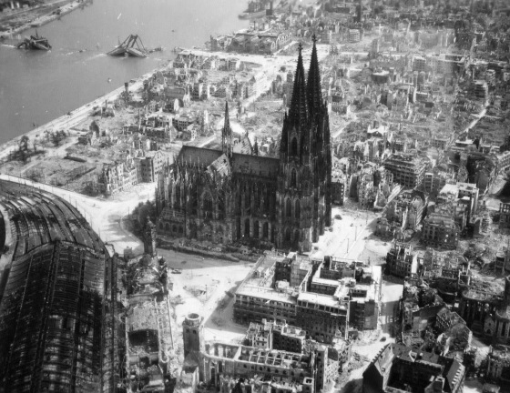 The-Cologne-Cathedral-stands-tall-amidst-the-ruins-of-the-city-after-allied-bombings,-1944-(1).jpg